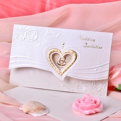 Style cœur Pli en 3 Invitation Cards (Lot de 50) (114033291)