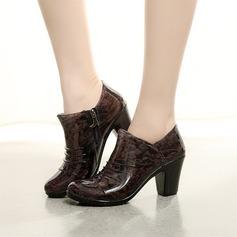 Frauen PVC Stämmiger Absatz Stiefel Stiefelette Regenstiefel mit Tierdruckmuster Reißverschluss Schuhe (088127033)