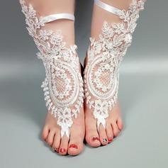 Женщины Кружева Открытый мыс Сандалии Beach Wedding Shoes с Вышитые кружева Цветок Аппликация (047123800)