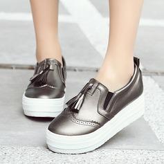 Kvinner Lær Flat Hæl Flate sko Lukket Tå med Tassel sko (086119389)