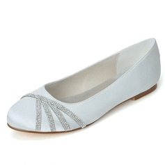 Women's Satin Flat Heel Closed Toe Flats With Rhinestone (047058261)
