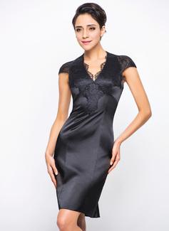 Платье-чехол V-образный Длина до колен Шармёз кружева Коктейльные Платье (016055960)