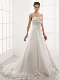 A-Line/Princess Sweetheart Chapel Train Tulle Wedding Dress With Embroidered Lace Beading (002000179)