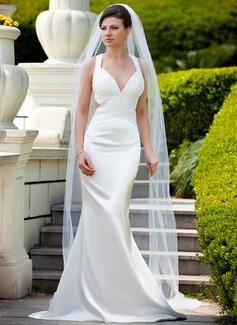 Trompete/Sereia Decote V Sweep/Brush trem Charmeuse Vestido de noiva com Pregueado Beading lantejoulas (002012598)
