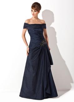 Vestidos princesa/ Formato A Off-the-ombro Sweep/Brush trem Tafetá Vestido para a mãe da noiva com Pregueado Apliques de Renda lantejoulas (008021110)