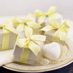 Exquisite Heart Soap Wedding Favors (Sold in a single piece) (051155697)