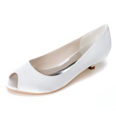 Женщины Атлас Низкий каблук (рюмка) Открытый мыс На каблуках (047057080)